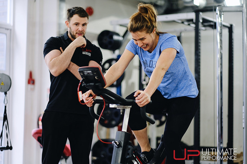 Female training with UP trainer
