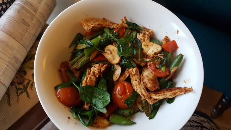 Spicy Mediterranean Chicken and Vegetables - UP