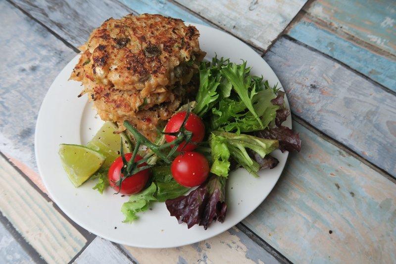 spiced cauliflower crab cakes - UP